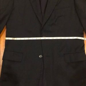 Jos. A. Bank Suits & Blazers - Joe. A. Bank suit - navy birds eye - 40 Long